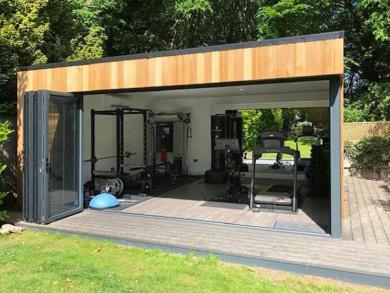 Garden gym with lots of glazing 2 landscape
