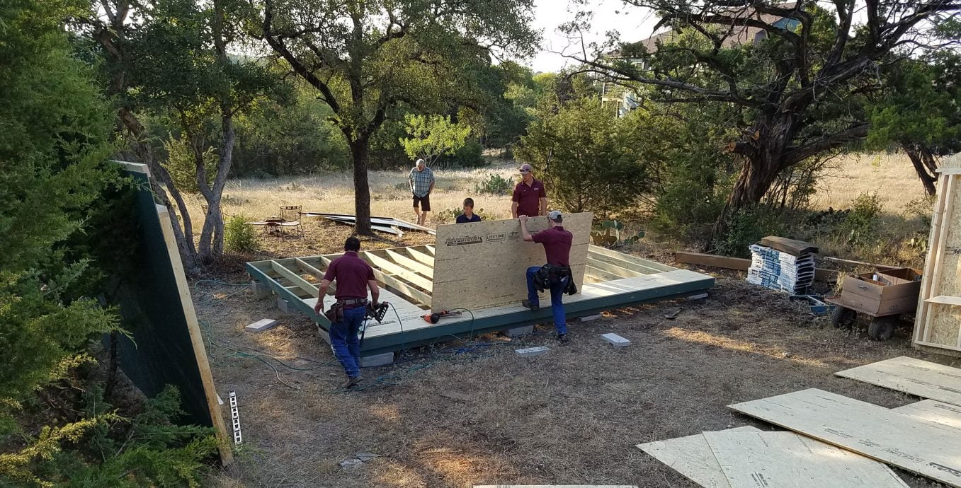 Lone star structures on site sheds in lott texas